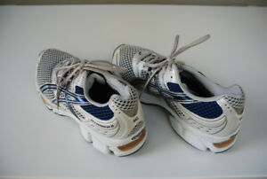 Men's Running/Jogging Shoes (Asics Gel-Cumulus Two)