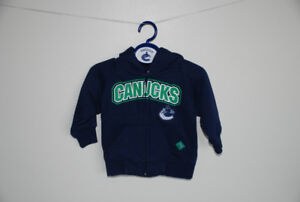Vancouver Canucks infant zippered hoodie Size 12 months