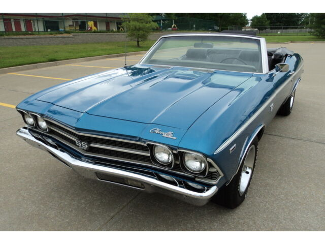 """Chevrolet : Chevelle """"SS"""" 4 SPEED 1969 CHEVELLE """"SS"""" CONVERTIBLE FOUR SPEED RESTORED BUCKET SEATS CENTER CONSOLE!!"""