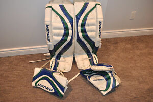 """Bauer Vapor X60 PRO pads 34"""" and gloves - White/Blue/Green"""