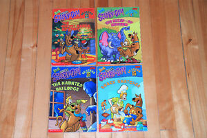 4 livres de Scooby-Doo (English)