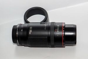 CANON EF 100-300mm F 5.6 L lens in EXCELENT FULLY WORKING