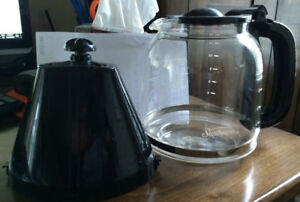Coffee Carafe - 12 cup, with filter holder.