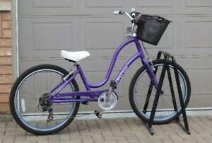 Purple Townie Electra 7D