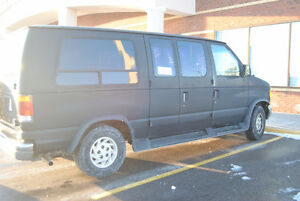 1993 Ford van with Wheelchair lift and driver hand control