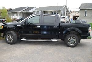 2008 Ford F-150 supercrew Lariat Camionnette