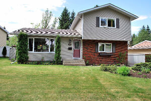 1620 sq ft 4 bed, 3 bath home on quiet street in Braeside!