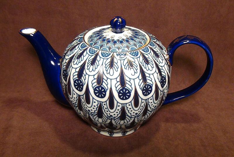 Russian Lomonosov design Forget Me Not Cobalt Blue bone china teapot.