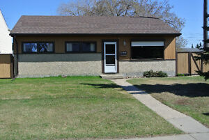 3 BEDROOM BUNGALOW IN ATHALONE - GREAT STARTER HOME!