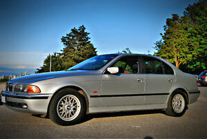 2000 BMW 528i e39 just 109.300 km automatic sedan 528