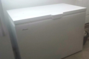 15 CU FT FRIGIDAIRE CHEST FREEZER