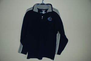Vancouver Canucks polar fleece pullover, Size Youth Large