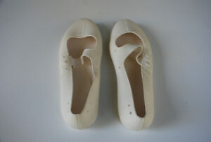 Vintage Bathing Shoes (1 pair) & Woman's Naturalizer Sandals (1