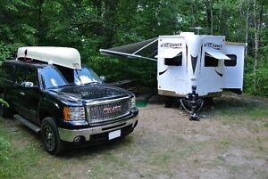"""2012 Rockwood Windjammer 2609W 29'5"""" Dry Wt 5599"""