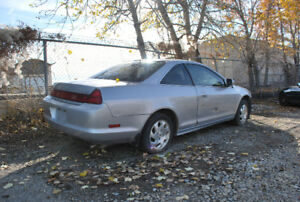 98-02 Honda Accord coupe for parts