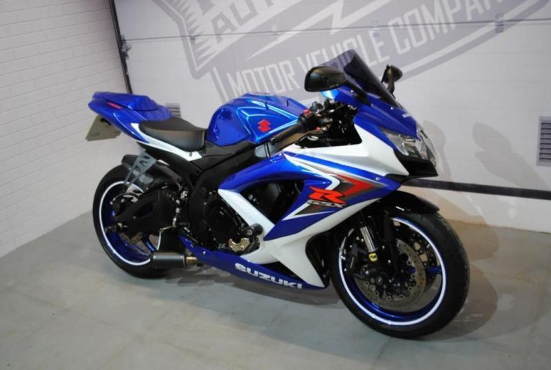 2009 09 suzuki gsxr 749cc gsxr 750 k8 in sittingbourne. Black Bedroom Furniture Sets. Home Design Ideas