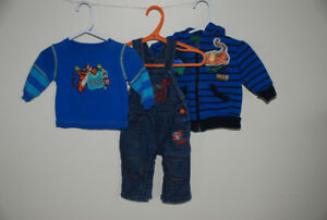 Tigger clothing Size 0-3 months