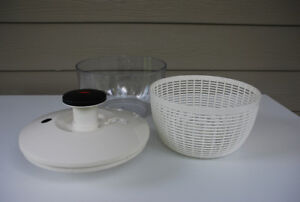Salad Spinner (large size Good Grips OXO)