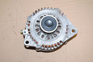2002-2006 Nissan Altima 2.5 Alternateur Alternator Usagé JDM Jap