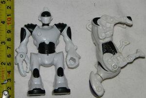 2 Wow Wee Robotics (Robopet & Robosapian) Toy Figures London Ontario image 1