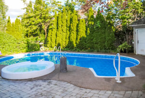 Stunning Meadowlands Detached Home