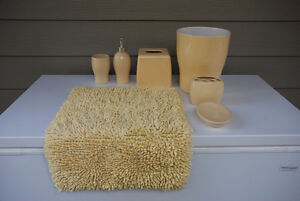 Complete 7-Piece Bathroom Accessories Set (yellow, ceramic) Wort