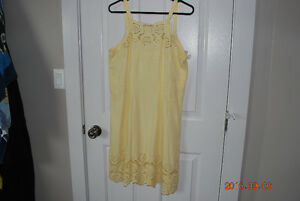 Ladies dress - size xl