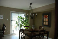 To share Townhouse close to St-Laurent buses , shopping