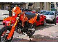 SINNIS Apache 125cc Learner Legal. Super Moto