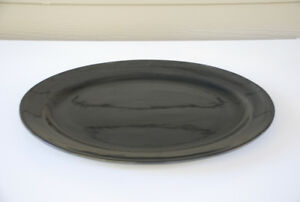 "Large Ceramic Serving Platter (19"" black, ceramic, oval)"