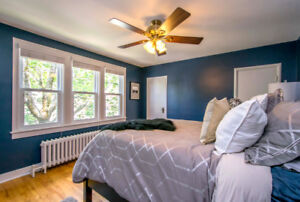 LIVE ON THE PENINSULA - RENOVATED THROUGHOUT!