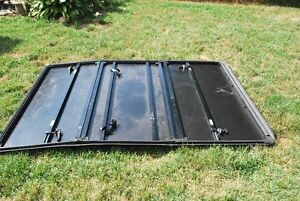 Tonneau Cover  ( Dodge Dakota) Kitchener / Waterloo Kitchener Area image 4
