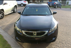 HONDA ACCORD EX-L COUPE! LOW KM! NO ISSUES AT ALL! PRIVATE SALE!
