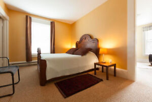 Lovely Suite with ensuite bath in Old Town Lunenburg