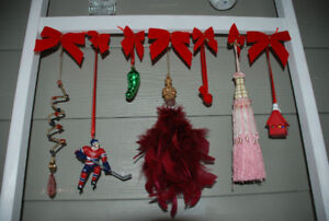 CHRISTMAS Ornament Display Rack