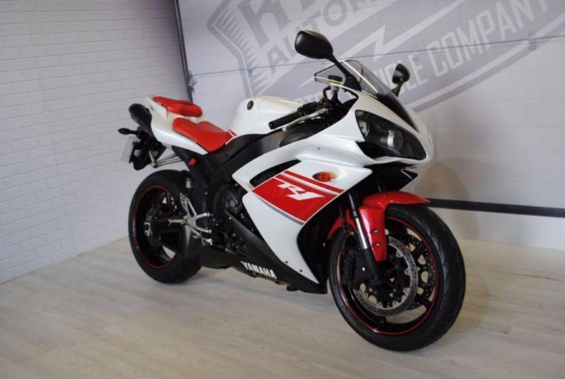 2009 - YAMAHA R1, EXCELLENT CONDITION, £6,500 OR FLEXIBLE FINANCE TO SUIT YOU