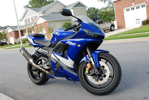 Well maintained R6 for sale