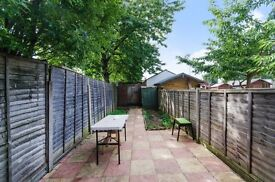 Lovely furnished 2 beds Ground Floor Flat with Private Garden and Parking Space in Harrow