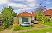 REAR UNIT IN CENTRAL SUNSHINE MINUTES AWAY FROM STATION & SHOPS! Sunshine Brimbank Area Preview
