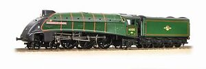 31-967 31967 Bachmann Branchline A4 Dominion of Canada HO/OO Steam Locomotive