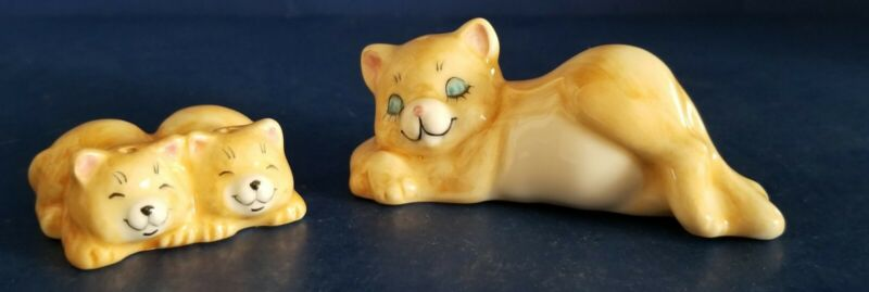 VINTAGE CAT KITTENS YELLOW WHITE SALT AND PEPPERS SHAKERS