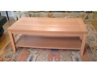 Coffee table in good condition, very sturdy
