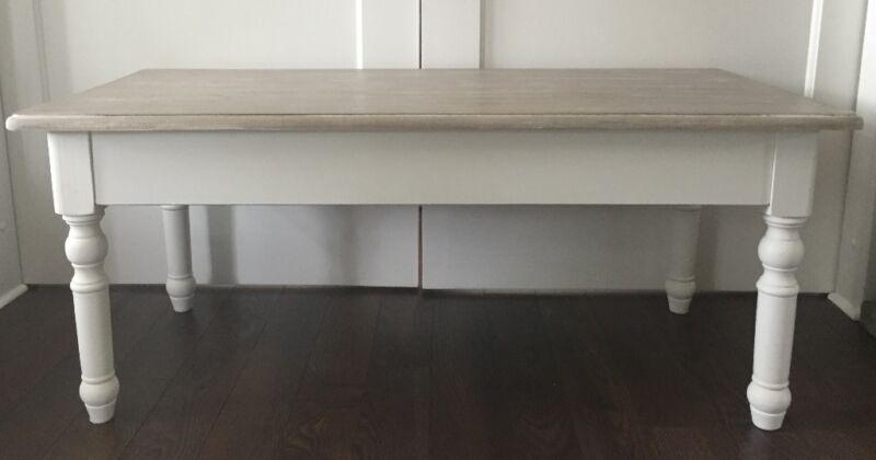 sch ner wohnzimmertisch aus holz in nordrhein westfalen. Black Bedroom Furniture Sets. Home Design Ideas