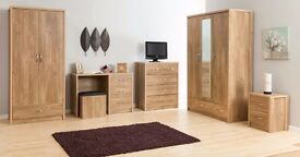 **FREE DELIVERY** HOLLAND OAK BEDROOM FURNITURE WARDROBE CHEST OF DRAWERS BEDSIDE MIRROR WARDROBE