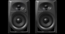 Pioneer DDJ-SX2 Controller and Pioneer DM-40 Studio Monitors