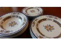 Giordano Saxon Blue 12 piece 4 place dinner service Yellow floral plates
