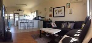 Room for rent hollandpark West $200 Greenslopes Brisbane South West Preview