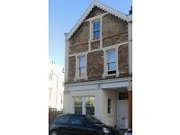 STUDENT PROPERTY-Large 4 bed flat in Clifton.4 double bedrooms,large lounge and kitchen,2 bathrooms