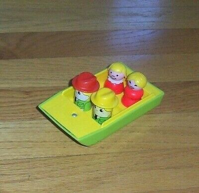 Vintage Fisher Price Little People Green/Yellow Boat from Camper 992 + 4 Figures
