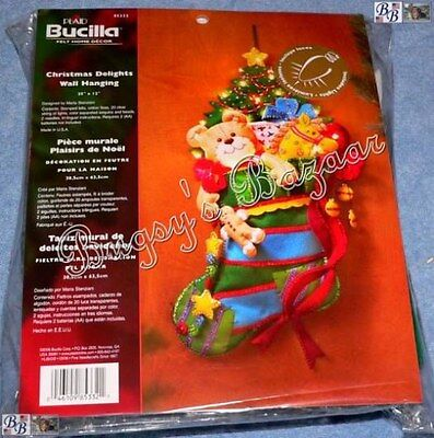 Bucilla CHRISTMAS DELIGHTS Lights Stocking Wall Hanging Felt Applique Kit -85332